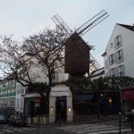 パリ 風車