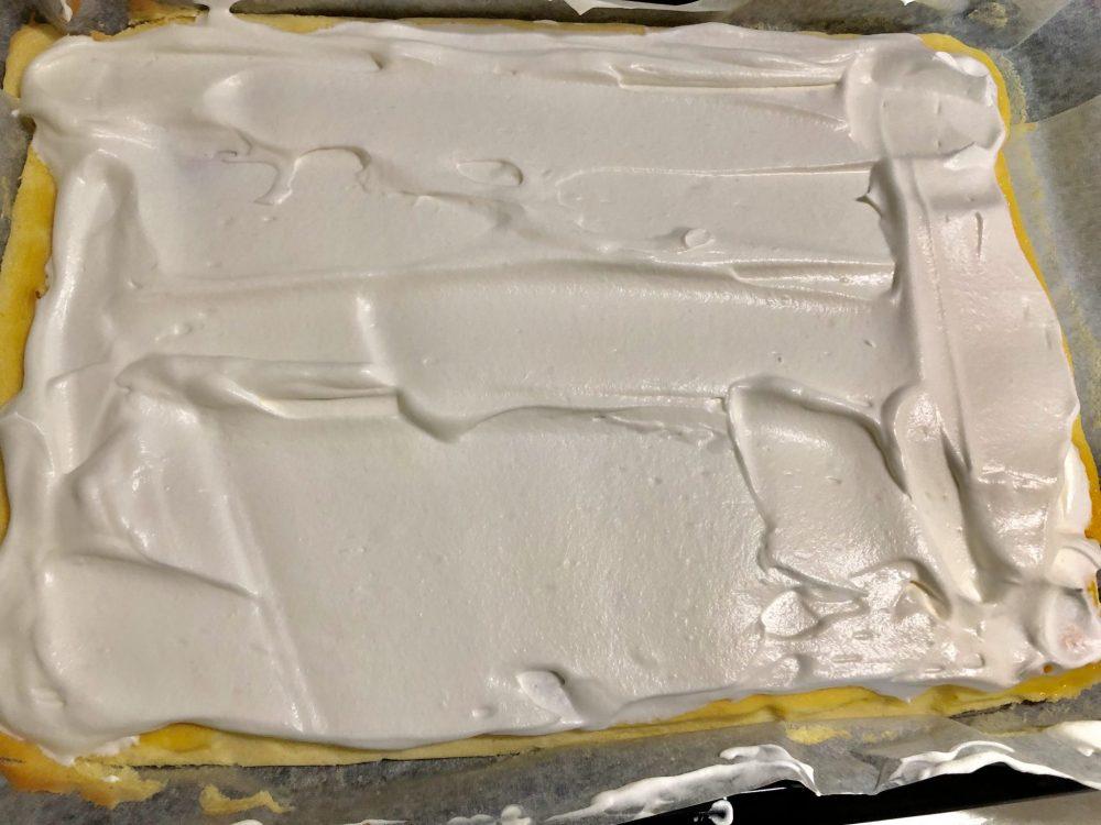 ロールケーキ 作り方 生クリーム