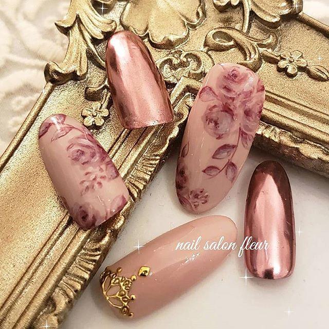 ネイル バラ くすみピンク