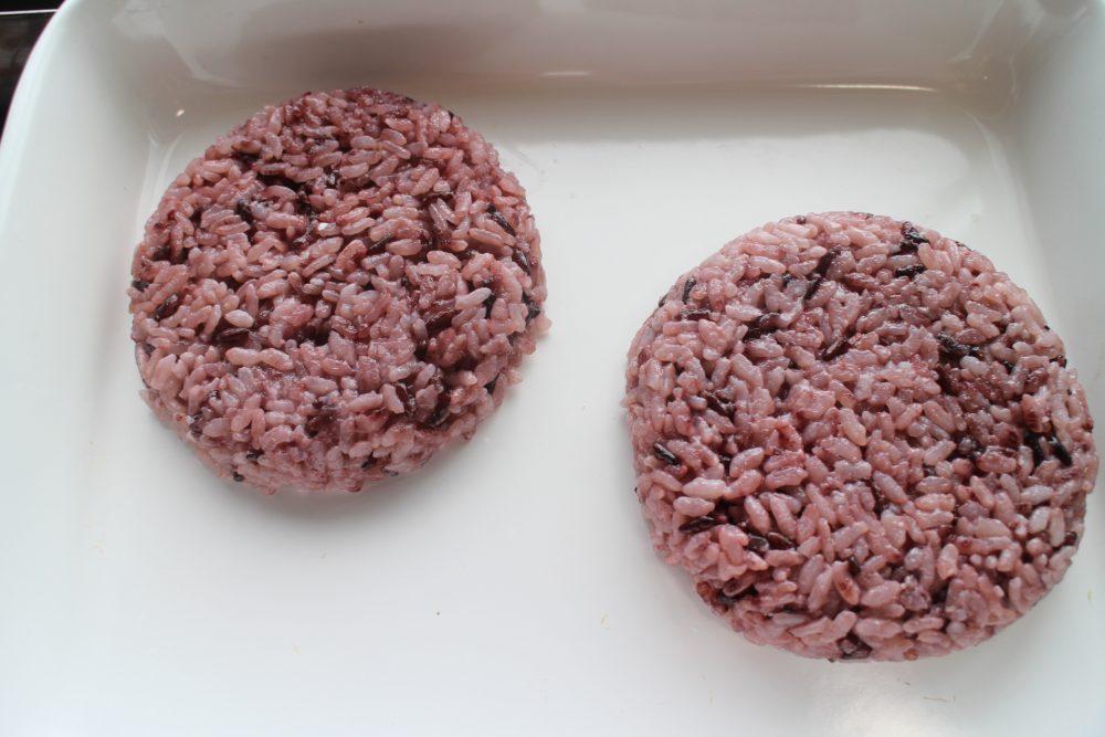ライスバーガー 黒米 作り方