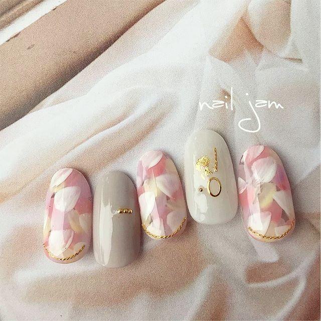 ネイル 花びら ピンク