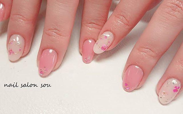 ピンクネイル 花