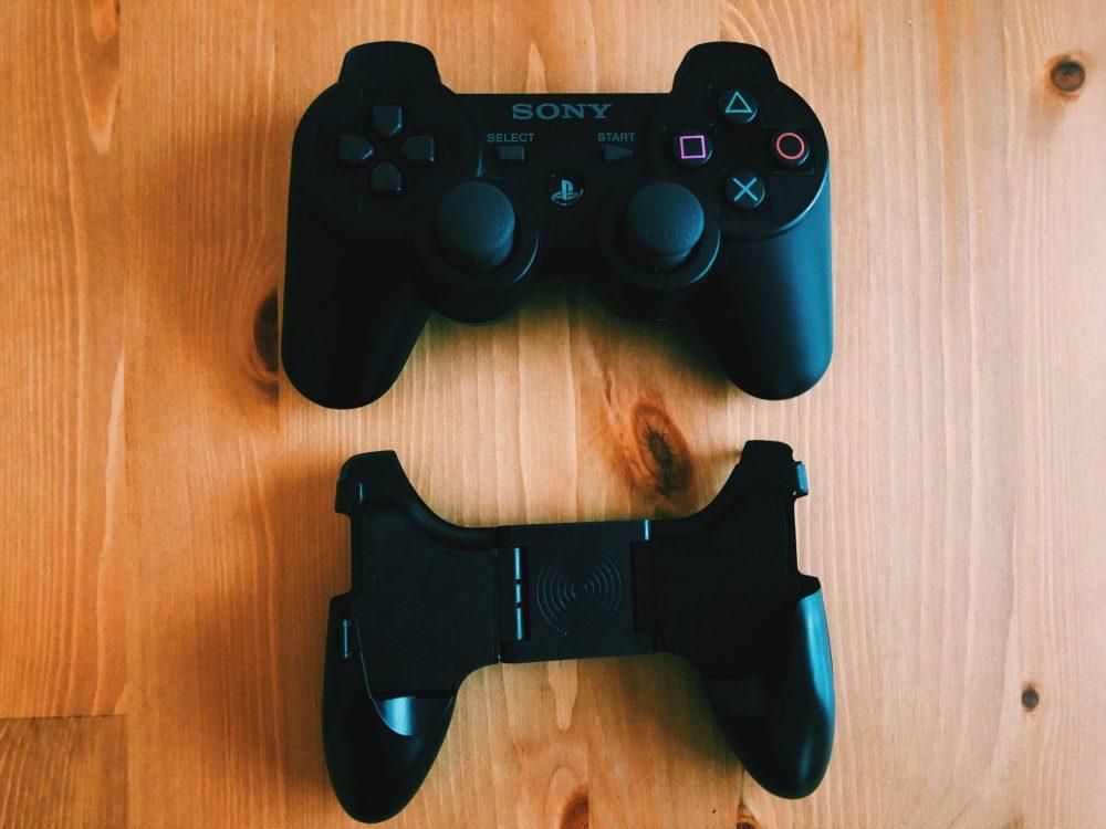 3COINS スマホゲーム用ハンドルグリップ サイズ