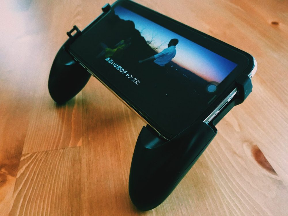 3COINS スマホゲーム用ハンドルグリップ