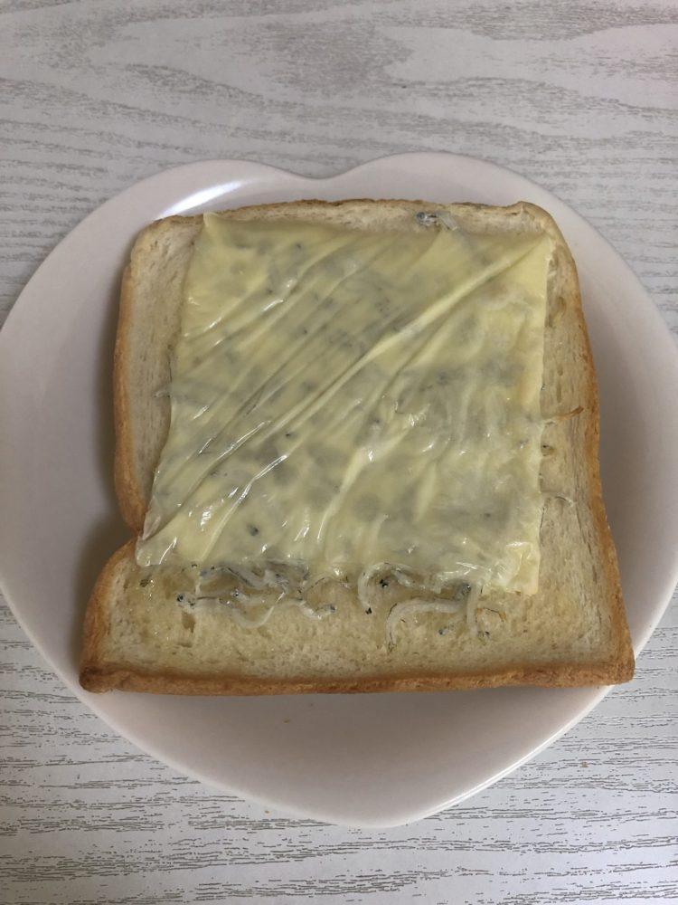 しらすマヨネーズパン