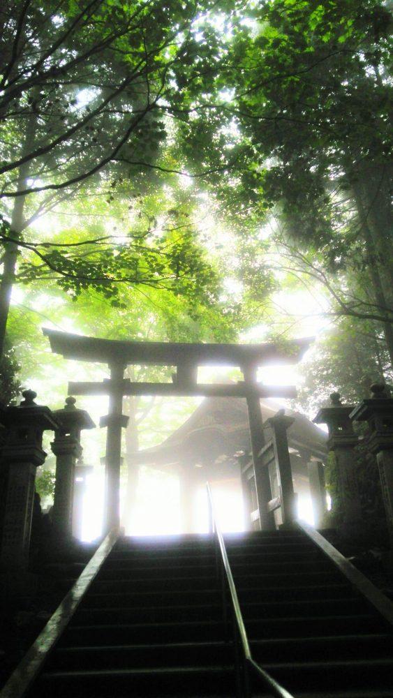 奥宮遥拝殿 三峰神社